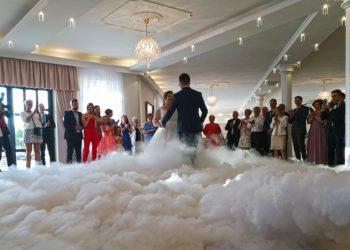 Ciężki-dym-taniec-w-chmurach